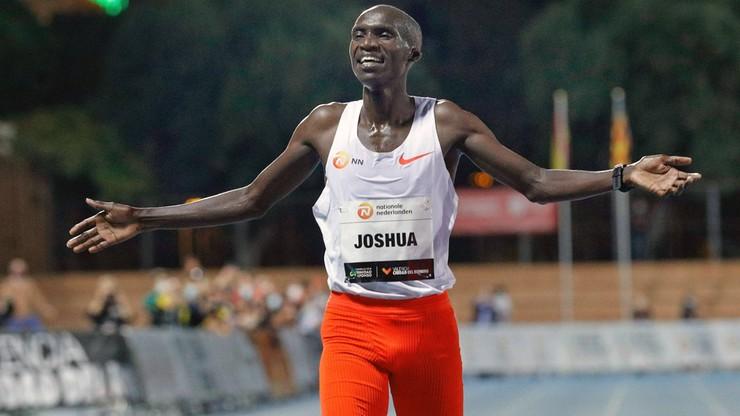 Joshua Cheptegei mierzy w dwa złote medale w Tokio