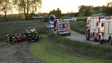 Zmarł dwulatek, który wpadł pod traktor. Jego ojcu grozi więzienie