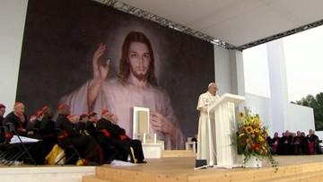 Papież do młodych: serce miłosierne otwiera się, aby przyjmować uchodźców oraz imigrantów