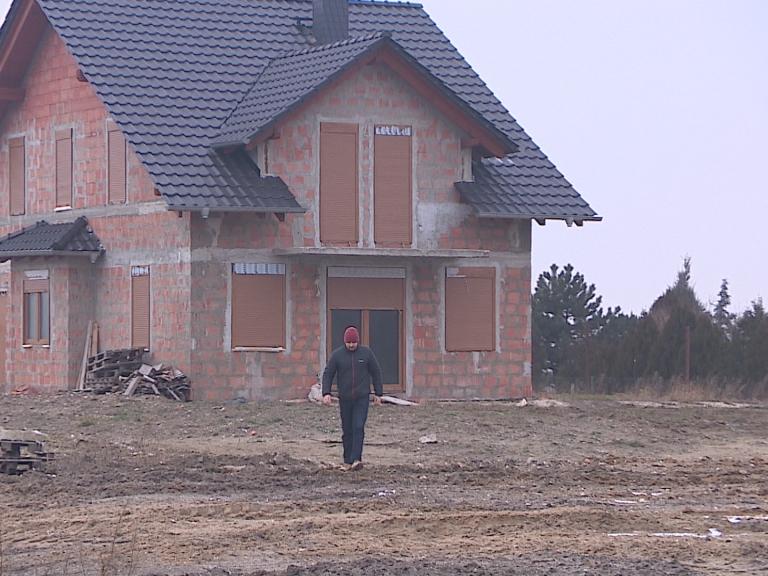 Urzędnicy zwiększyli obszar zalewowy i objęli nimi domy