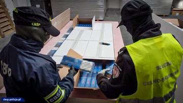 Nielegalne papierosy i tytoń warte kilkanaście milionów złotych. Szlak przemytu zlikwidowany