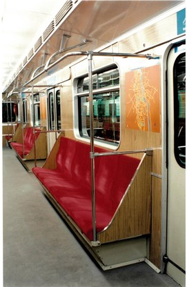 Warszawiacy czekali ponad 10 lat, aby usiąść w metrze i szybciej niż dotychczas dostać się do celu