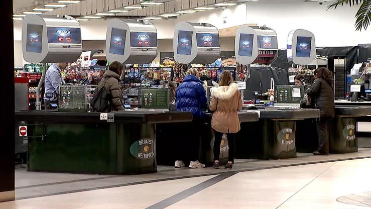 Sondaż IBRiS: 52 proc. Polaków zadowolonych z zakazu handlu w niedziele. Niezadowoleni młodzi i wieś