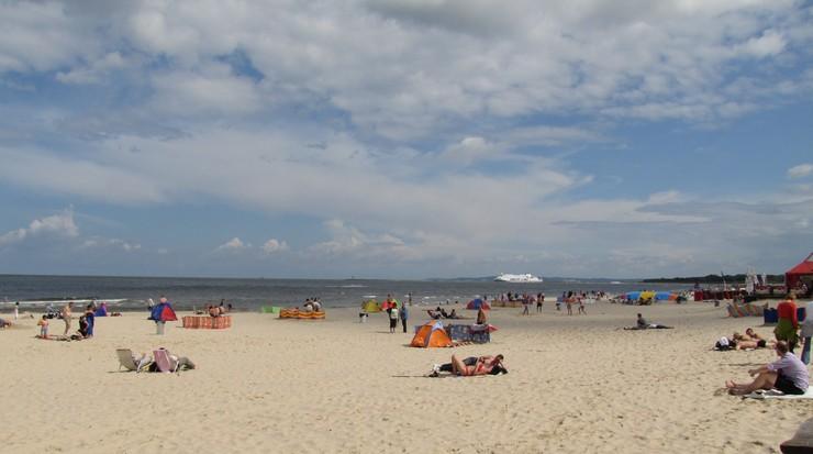 6-latka zgubiła się na plaży. Odnalazła się w... Niemczech