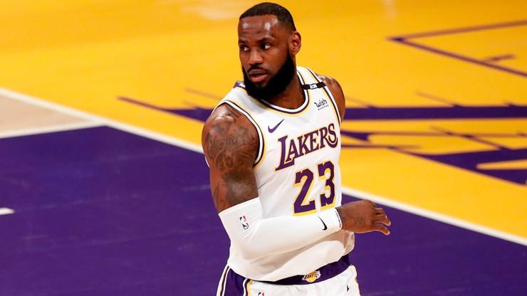 NBA: LeBron James złamał przepisy bezpieczeństwa, ale kary nie będzie