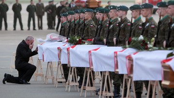 Szczątki 26 ofiar katastrofy w niewłaściwych trumnach. Podsumowanie ekshumacji smoleńskich