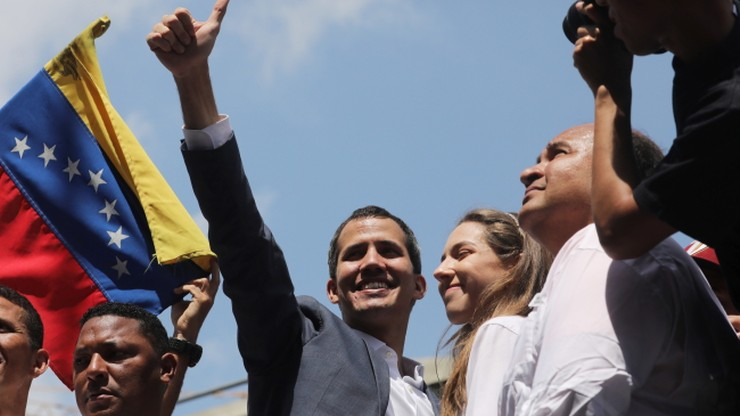 Państwa UE uznają Guaido za tymczasowego prezydenta Wenezueli. Rząd: zrewidujemy z nimi relacje