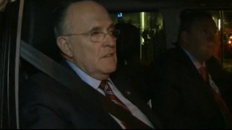 """Giuliani nie wyklucza zarzutów dla Clinton. """"Taka sama sprawiedliwość dla wszystkich"""""""