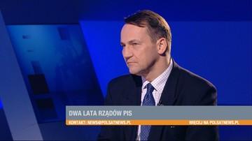 """Kaczyński nie ma pojęcia o polityce zagranicznej. Nie zna żadnego języka obcego - Radosław Sikorski w """"Gościu Wydarzeń"""""""