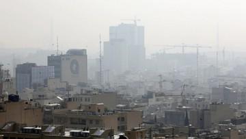 Teheran dusi się z powodu smogu. Zamknięto szkoły, wstrzymano prace budowlane