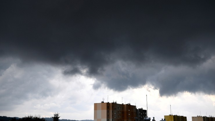 Przewaga chmur, deszczowo i wietrznie. Pogoda na sobotę, 10 października
