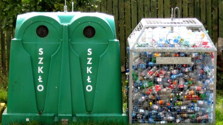Minister środowiska: powinna być kaucja za opakowania m.in. z makulatury, szkła i plastiku