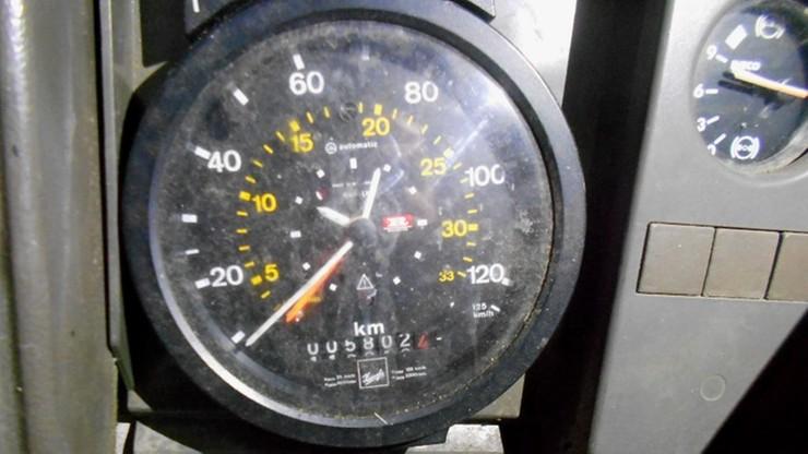 """Coraz większe """"ubytki"""" kilometrów w samochodach. 480 tys. """"zniknęło"""" z licznika auta w Gorzeniu"""
