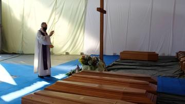 Włochy: 766 zgonów osób z koronawirusem
