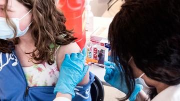 Kwestionariusz przed szczepieniem dla niepełnoletnich. Warto wypełnić go wcześniej