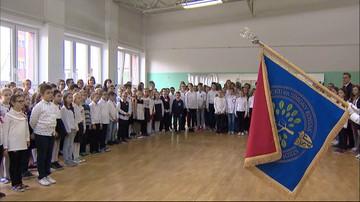 """W ponad 24 tys. szkół odśpiewano hymn narodowy w ramach akcji """"Rekord dla Niepodległej"""""""