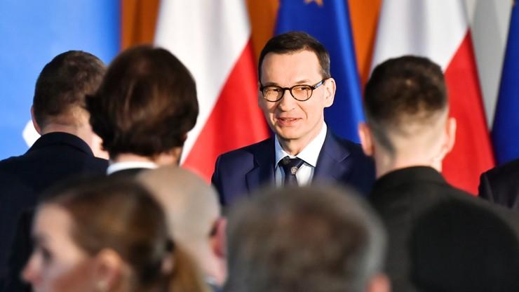 """PO chce informacji premiera nt. finansowania promocji """"nowej piątki PiS"""" z rządowych pieniędzy"""