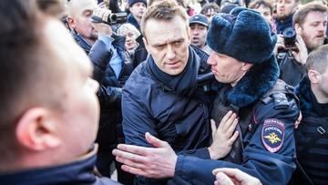 Nawalny skazany na 15 dni aresztu. Sąd dał obrończyni 5 minut na przygotowanie do rozprawy