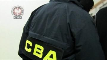 """Agenci CBA zatrzymali niewłaściwą osobę. Wypuścili dopiero po kilku godzinach. """"Bijemy się w piersi"""""""