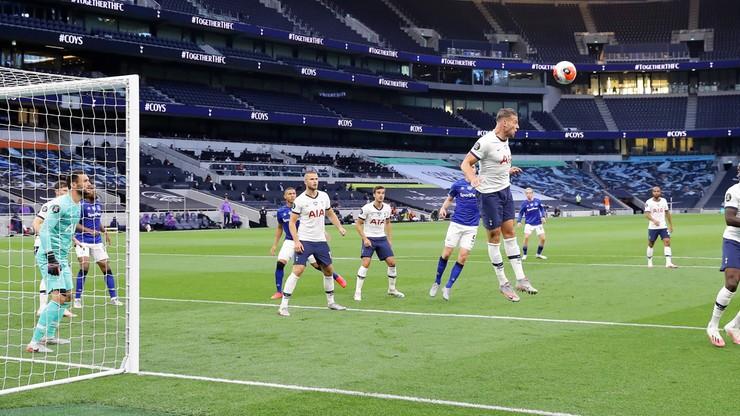 Straty klubów piłkarskich w Europie mogą sięgnąć 4 mld euro!
