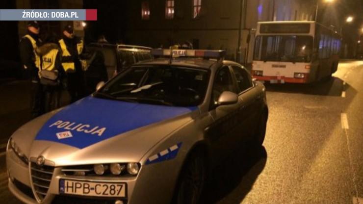 Policjant pieszo dogonił autobus z pijanym kierowcą