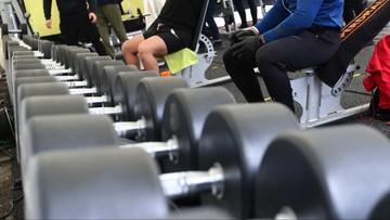 """""""Otwórzmy siłownie i kluby fitness na dwa próbne tygodnie"""""""