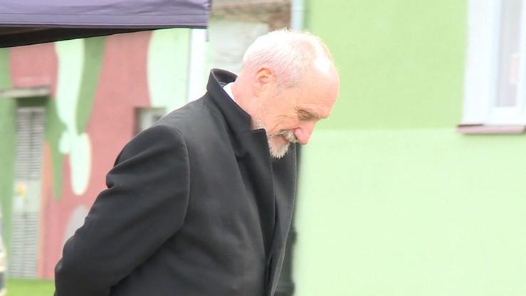 """""""Żadnego kursu GRU nie przeszedł"""". Macierewicz na temat generała Motackiego"""