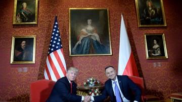 """""""Trump potrzebuje ładnych zdjęć z Europy"""". Zagraniczne media o wizycie prezydenta USA w Polsce"""