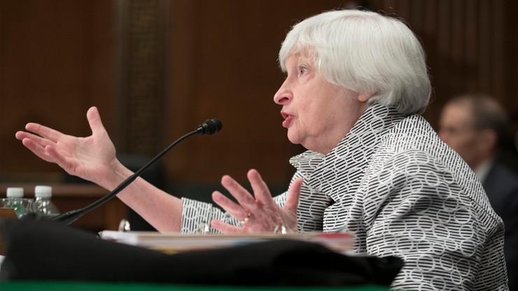 Prezes amerykańskiego banku centralnego za utrzymaniem dodatkowych regulacji