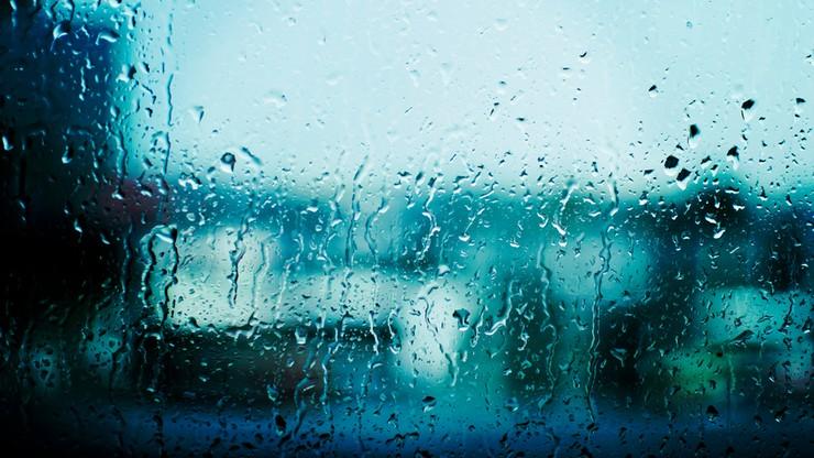 Potężne ulewy na południu Polski. Możliwe podtopienia