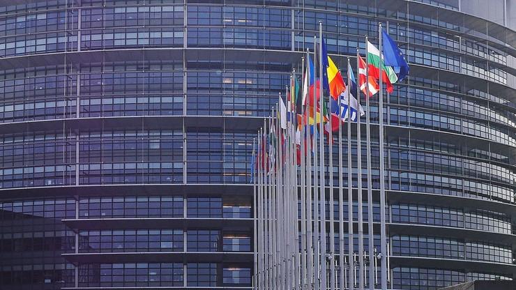 Bruksela ostrzega Londyn. Johnson grozi zerwaniem negocjacji