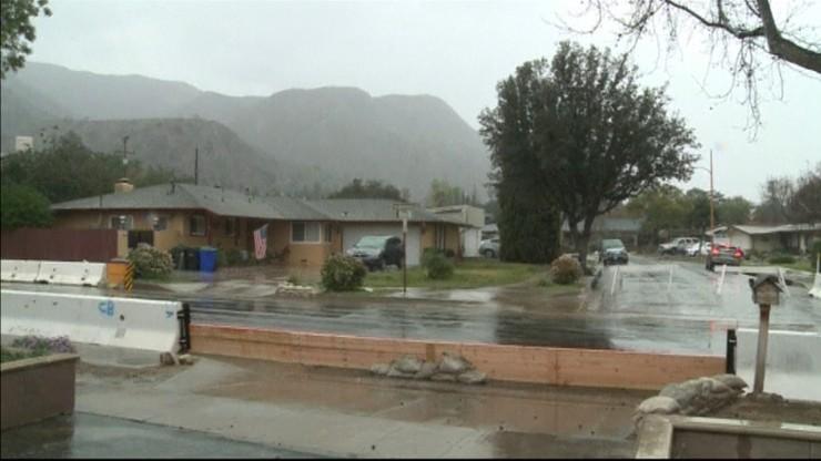 Ulewy i groźba powodzi w północnej Kalifornii