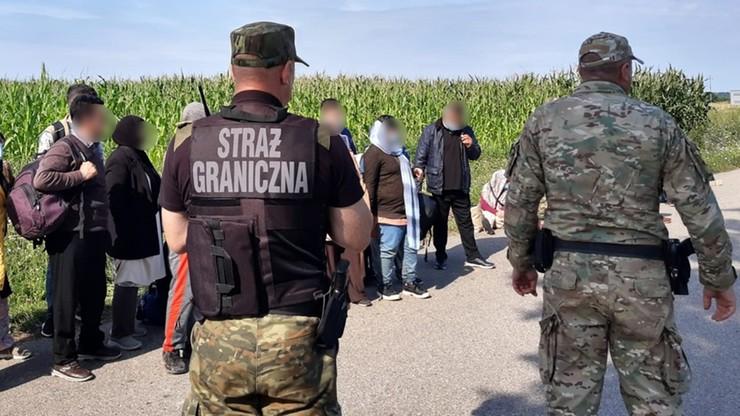 Podlaskie: Straż Graniczna zatrzymała 62 nielegalnych imigrantów na granicy z Białorusią