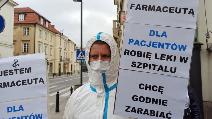 """""""Nie ma medyków, nie ma leczenia"""". Protest związkowców przeciwko polityce zdrowotnej rządu"""