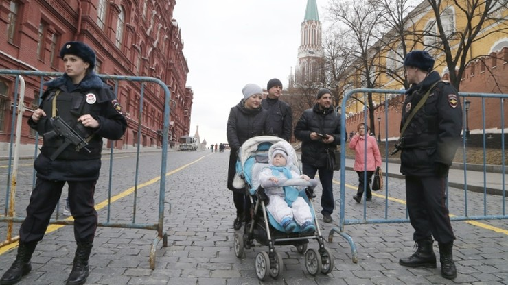 """Sueddeutsche Zeitung"": luki w systemie kontroli Putina nad krajem"
