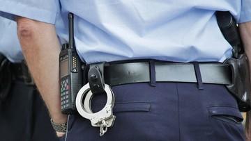 Wrocław: Siedział w aucie z dwiema 13-latkami. Był już karany za pedofilię