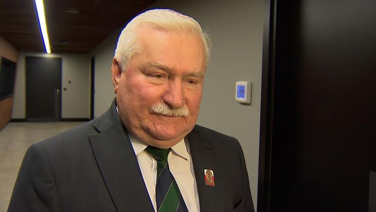 Wałęsa: należy natychmiast odsunąć PiS od władzy