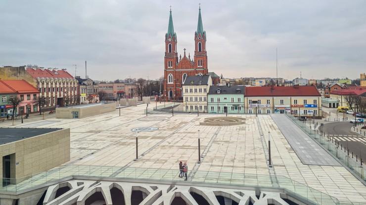 Spór o plac Wolności w Kutnie. Jan Śpiewak: betonoza patologią polskich miast