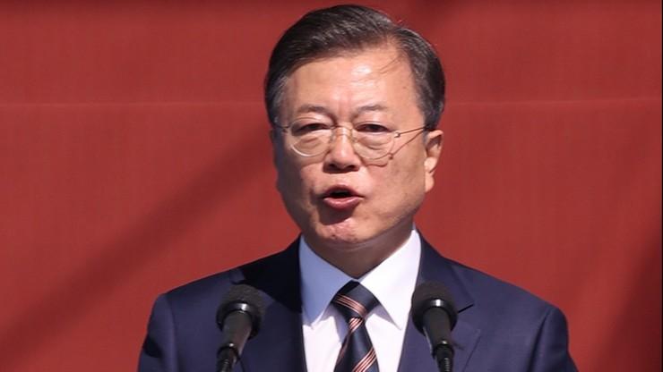 """Prezydent Korei Płd. wzywa do przywrócenia """"gorących linii"""" pomiędzy Seulem a Pjongjangiem"""