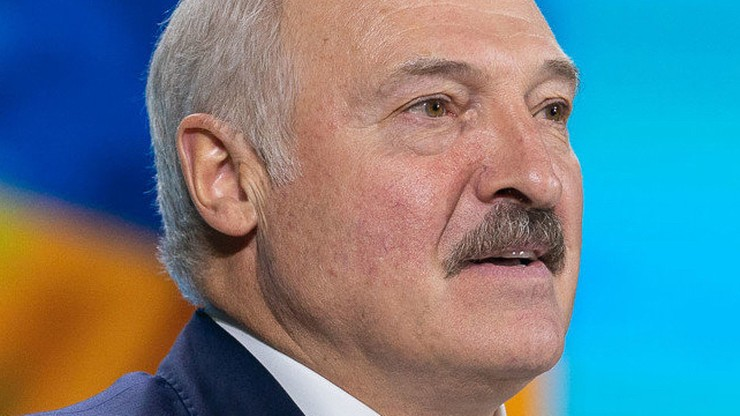 Białoruś: pikieta stronników władz pod ambasadą RP