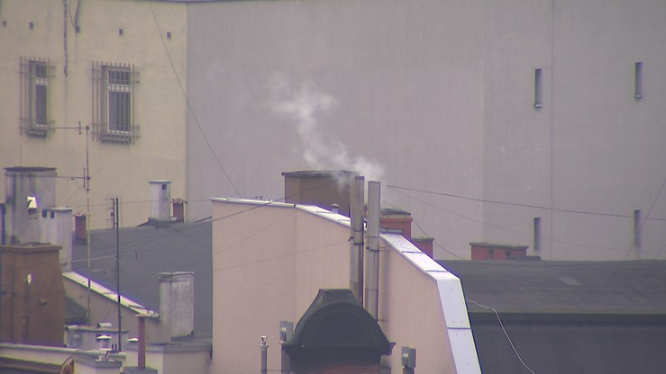 NIK: przepisy niewystarczająco chronią przed paleniem najgorszej jakości paliwami