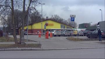 Grupa nastolatków napadła na sklep w Krakowie. Chcieli ukraść alkohol