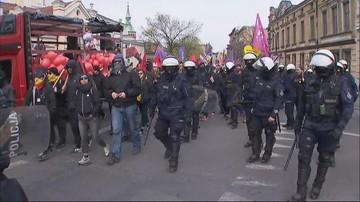 Ulicami Gniezna przeszedł zakazany przez prezydenta miasta marsz równości. W tle kontrmanifestacja