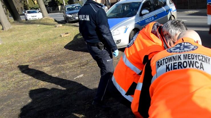 Policjanci odpowiedzą przed sądem ws. śmierci mężczyzny, który podpalił się w radiowozie