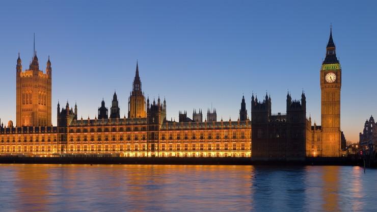 """""""Zaatakowali"""" brytyjski parlament i wzięli zakładników. """"The Telegraph"""" informuje o tajnej symulacji ataku terrorystycznego"""
