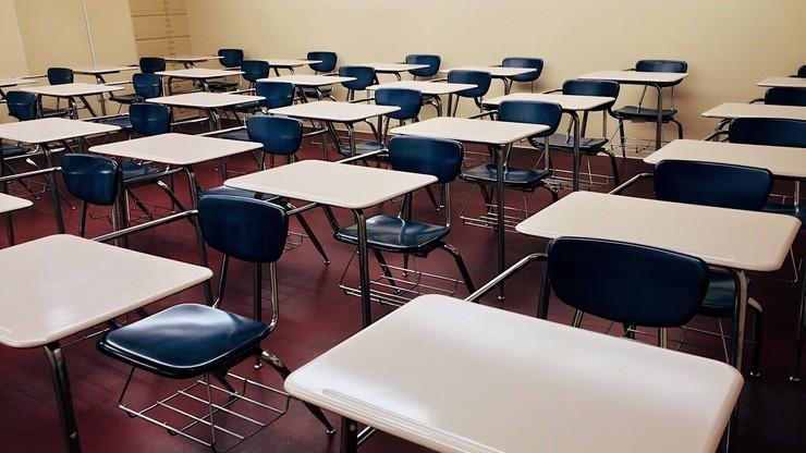 Włochy: niezaszczepieni nauczyciele nie powinni prowadzić lekcji