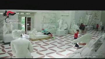 Turysta pozował do zdjęcia. Zniszczył 200-letnią rzeźbę [WIDEO]