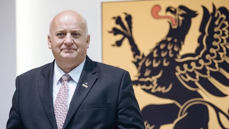 """Radny PiS pisał o """"łapówkach"""" Grodzkiego. Teraz przeprasza"""