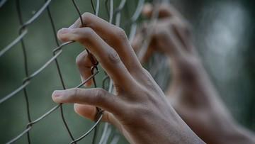 Ponad 200 osadzonych uciekło z przepełnionego indonezyjskiego więzienia