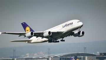 Lufthansa wstrzymuje loty nad Białorusią
